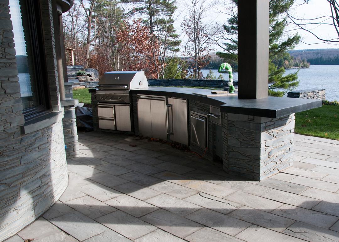 cuisine exterieure paysage lambert. Black Bedroom Furniture Sets. Home Design Ideas