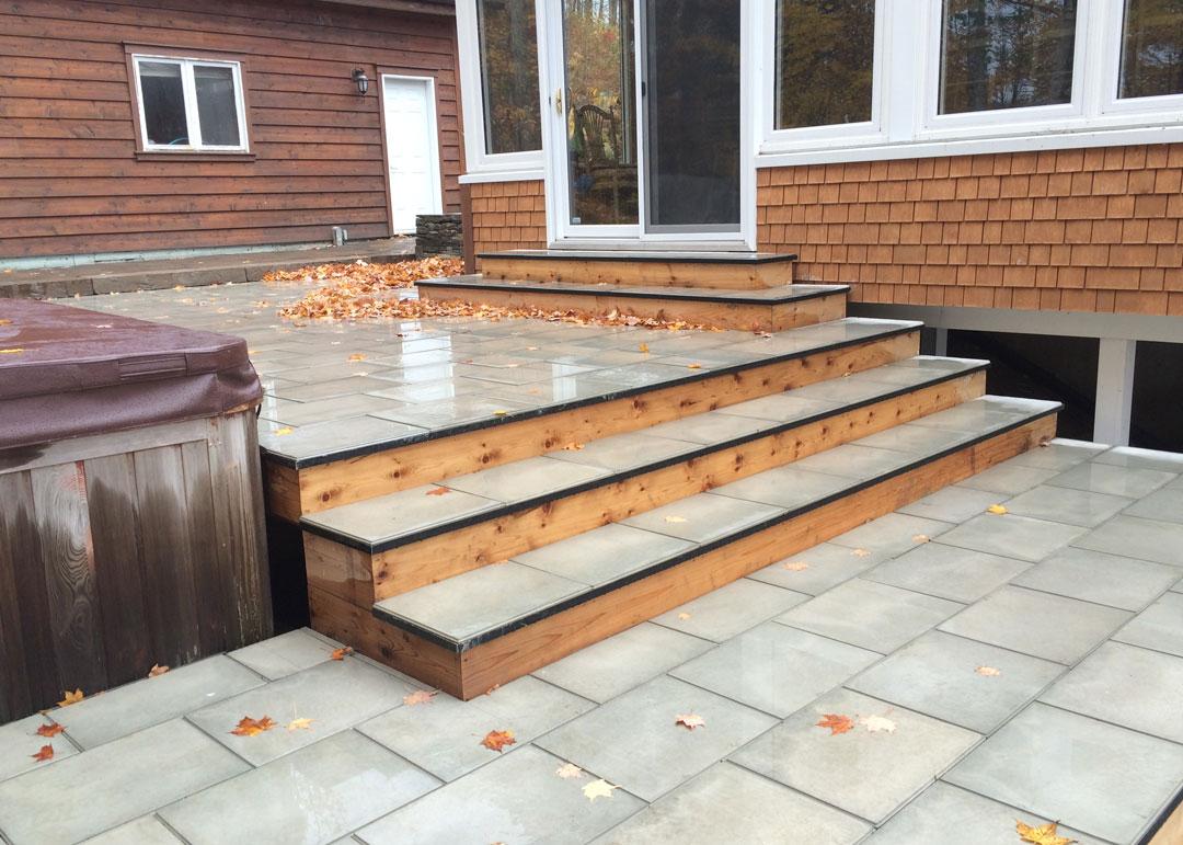 Surface de b ton pav s et dalles archives paysage lambert for Couvre plancher pour patio exterieur