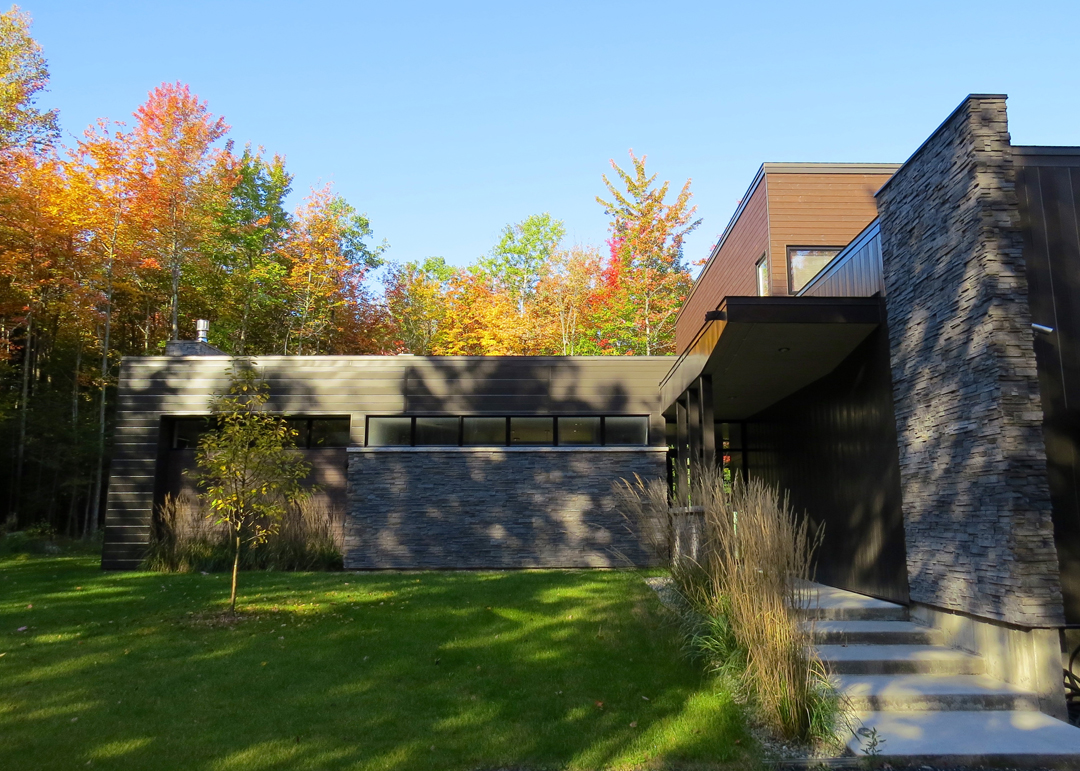 plantation-maison-moderne-pierre - Paysage Lambert
