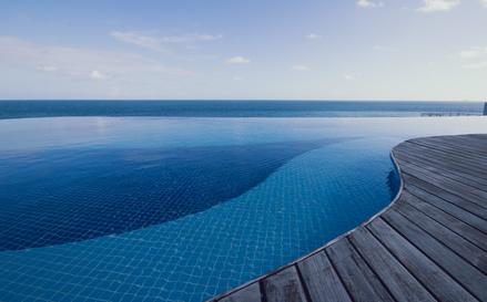 piscine infinie